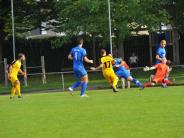 Fußball: Bezirksliga Nord: Glött siegt im Lokalderby knapp in den Schlußminuten