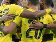 Fußball: Glückseligkeit in Schwarz und Gelb