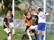Fußball: Der Kampf um die Spitze geht weiter