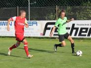 Fußball-Bezirksliga Süd: Fast immer einen Schritt zu spät