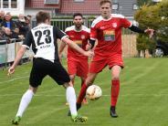 Fußball-Bezirksliga: Ein Tor des Monats und ein kräftiger Seitenhieb