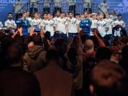 Nationalmannschaft: Trikot-Show der Weltmeister im Fußballkäfig