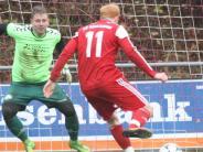 Fußball-Bezirksliga IIII: Zwölf Tore und drei Platzverweise