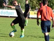 """Fußball: Vier Teams müssen """"nachsitzen"""""""