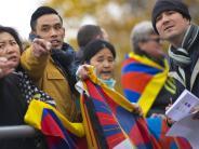 Fußball: Der China-Deal, Tradition und Tibet