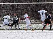 Bezirksliga: Schneereiches Derby endet mit einem Unentschieden