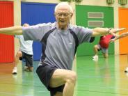Sportabzeichen: Mit fast 80 ist er fit wie ein Turnschuh