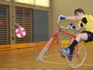 Radball: Räder und Bälle rollen