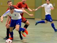 Fußball II: Titel-Verteidigung in eigener Halle?