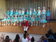: Tanzgruppen zeigen ihr Können