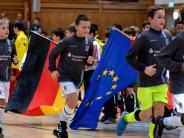 Nachwuchs-Fußball: U11-Eurocup in Oberelchingen: Kräftemessen der Kicker-Knirpse