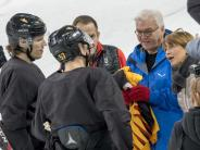 Bundespräsident vor Ort: Steinmeier besucht deutsches Olympia-Team