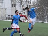 Fußball: Der Landesligist macht es mit Köpfchen