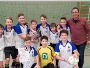 Schulsport: Kleine Kicker zaubern groß auf