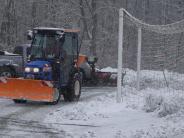 Fußball-Testspiele: Heftiger Schneefall bremst Fußballer aus