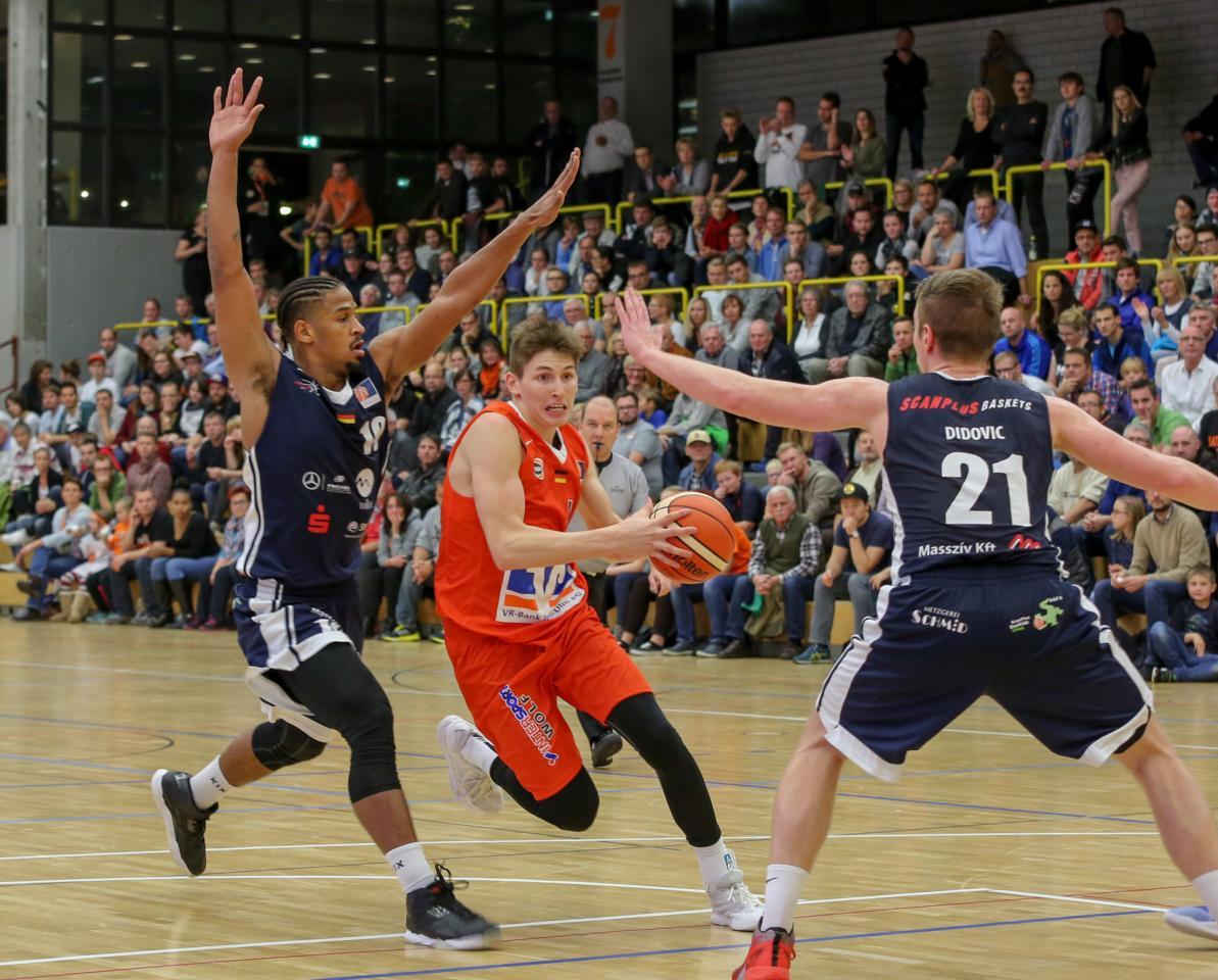 Wei Enhorn Verliert Das Derby Gegen Die Scan Plus Baskets