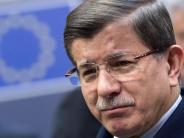 Regierung: Davutoglu tritt als AKP-Chef zurück