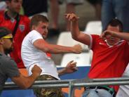 Leichte Sprache: Gewalt bei der Fußball-Europa-Meisterschaft