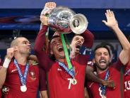 Leichte Sprache: Portugal gewinnt die E.M.