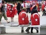 Innenpolitik: Türken tragen Konflikt nach Deutschland