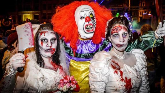 Bundespolizei räumt nach Zombie-Walk Essener Hauptbahnhof