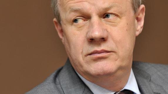 Damian Green, einer von Theresa Mays wichtigsten politischen Verbündeten, tritt zurück