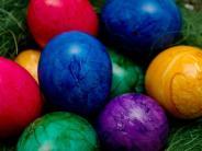 Leichte Sprache: Warum feiern Menschen Ostern?