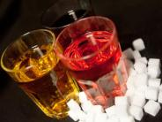Zucker in Softdrinks: Foodwatch über Zucker: Mehr als die Hälfte aller Softdrinks sind überzuckert