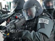Augsburg: Ex-Polizist klagt gegen den Freistaat - und hofft auf 60.000 Euro