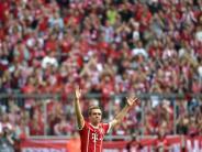 """FC Bayern: """"Extrem schade"""": Reaktionen zum Karriereende von Philipp Lahm"""