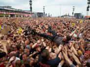 Leichte Sprache: Terror-Alarm: Ein Musik-Festival wurde unterbrochen