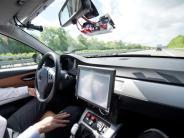Autonomes Fahren: Selbstfahrende Autos könnten erst in Jahrzehnten Alltag sein
