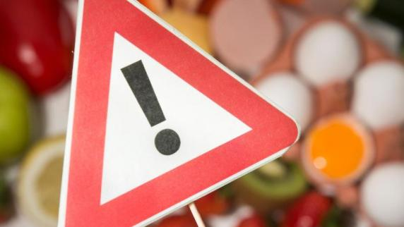 Wegen Salmonellen: Rossmann ruft weiße Schokolade zurück