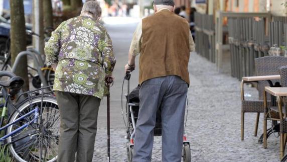Ökonomen kritisieren Merkels Nein zur Rente mit 70