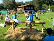 TSV Eresing: Jungsportler auf Hüpfburg und Riesenwippe