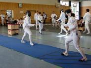 Tag der offenen Halle: Kampfkunst mit Degen und Florett