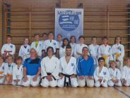 Karate-Kids: Wettkampf im Sommer