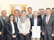 Landkreis: Eine finanzielle und ideelle Förderung für Stipendiaten
