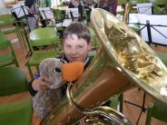 Landkreis: Wenn Paula versucht, die Tuba zu blasen