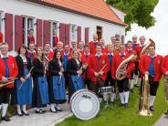 """Binswangen: Musikverein feierte eine besondere """"Ü-90-Party"""""""