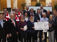 Wertingen: Sparkasse unterstützt Vereine und Ehrenamt