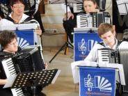 Kirchenkonzert: Langer Applaus fürs Akkordeonorchester