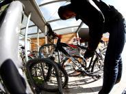 Lauingen: Nur das Vorderrad blieb zurück