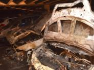 Dillingen: Unbekannter zündet Autos in Tiefgarage an