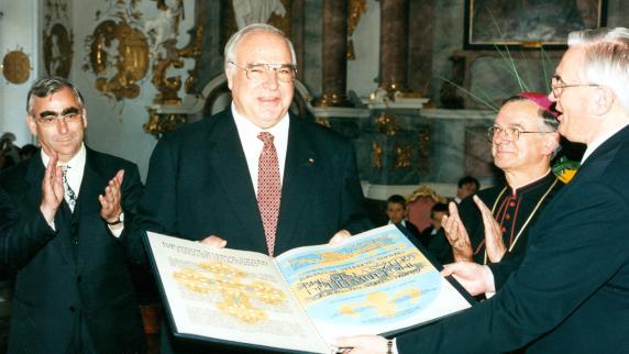 Juncker will europäischen Staatsakt für Kohl