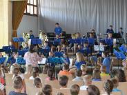Konzert: Kinder musizieren für Kinder