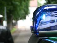 Holzheim/Weisingen: Herabgefallene Ladung beschädigt Auto