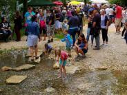 Nebelbachpark: Blindheimer spielen und lernen am Wasser