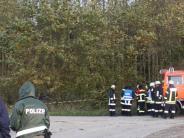 Kreis Dillingen: Spaziergänger entdecken toten Autofahrer in Wald
