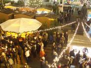 Vorweihnachtsstimmung: Der Lauinger Weihnachtsmarkt ist eröffnet